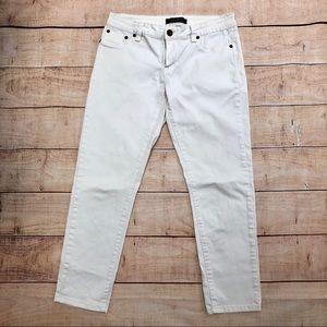 MAX Studio Jeans White Cotton Jean Capris Size 6